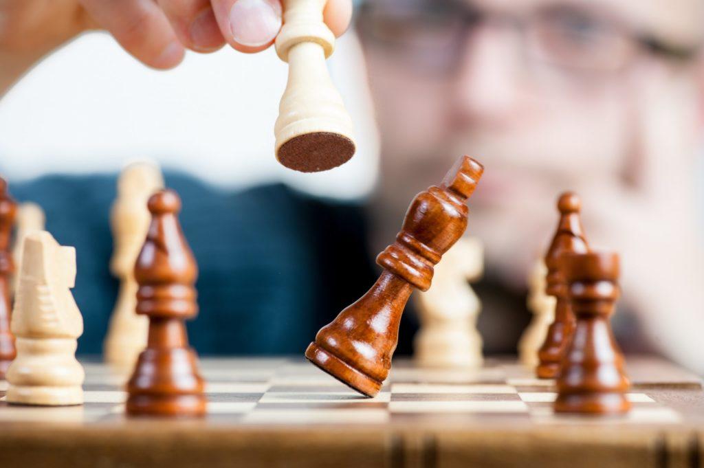 beeeld bij blog 4 macht diverse belangen